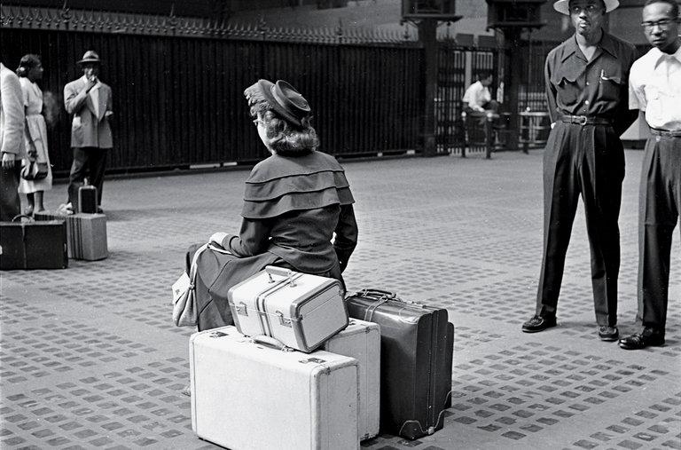 Toda viagem é uma bagagem.